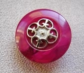 Gilt metallic centre button