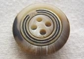 Natural effect button, metal ring