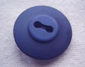 Dyed navy button
